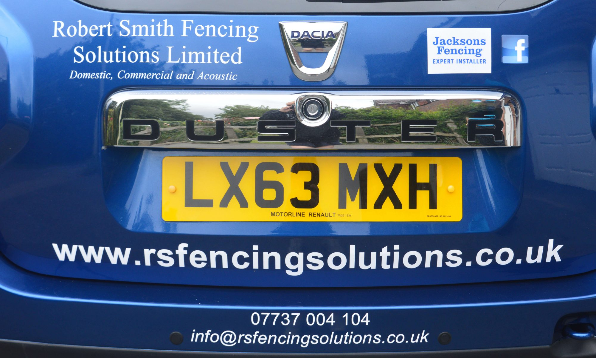 the rs fencing solutions car robert smith fencing solutions ltd